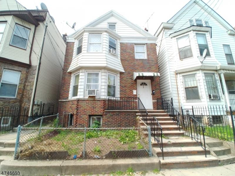 158 Parker St, Newark City, New Jersey 07104-1111, 6 Bedrooms Bedrooms, ,4 BathroomsBathrooms,Multifamily,For Sale,158 Parker St,3664553
