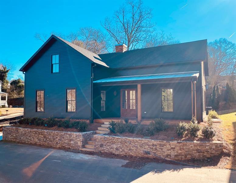 67 Maple Street, Roswell, Georgia 30075, 5 Bedrooms Bedrooms, ,4 BathroomsBathrooms,Single Family,For Sale,67 Maple Street,2,6821473