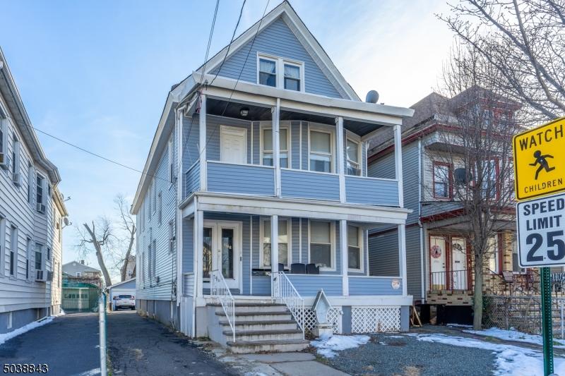 573 ADAMS AVE, Elizabeth City, New Jersey 07201-1518, 6 Bedrooms Bedrooms, ,4 BathroomsBathrooms,Multifamily,For Sale,573 ADAMS AVE,3684583