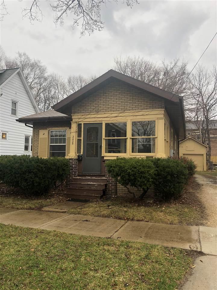 2425 E Mifflin St, MADISON, Wisconsin 53704, 3 Bedrooms Bedrooms, ,1 BathroomBathrooms,Single Family,For Sale,2425 E Mifflin St,1,1899867