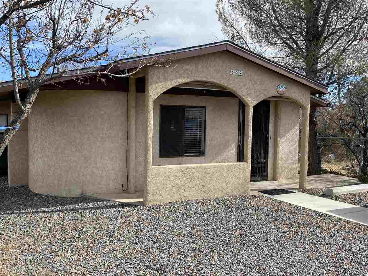 307 Bard, SANTA CLARA, New Mexico 88023, 3 Bedrooms Bedrooms, ,2 BathroomsBathrooms,Single Family,For Sale,307 Bard,37834