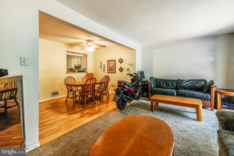 9503 WHITE PILLAR TER, GAITHERSBURG, Maryland 20882, 3 Bedrooms Bedrooms, ,3 BathroomsBathrooms,Townhouse,For Sale,9503 WHITE PILLAR TER,MDMC714042