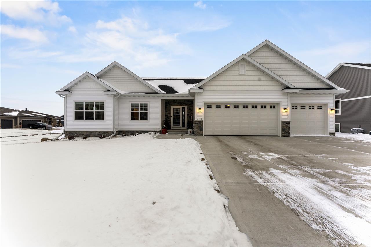 2146 Lonnie Ln, Sun Prairie, Wisconsin 53590, 5 Bedrooms Bedrooms, ,4 BathroomsBathrooms,Single Family,For Sale,2146 Lonnie Ln,1,1900127