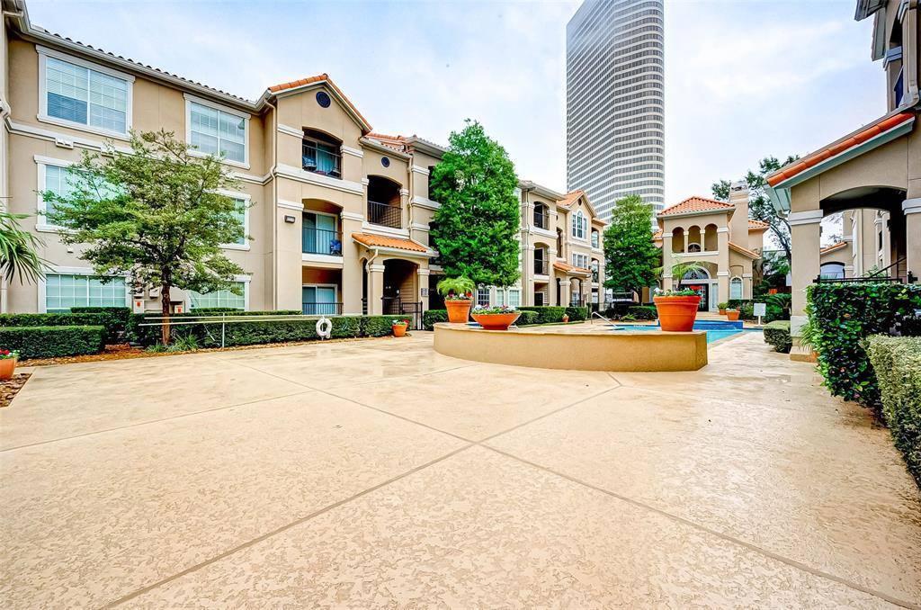 3231 Allen Parkway, Houston, Texas 77019, 2 Bedrooms Bedrooms, ,2 BathroomsBathrooms,Condominium,For Sale,3231 Allen Parkway,36093280