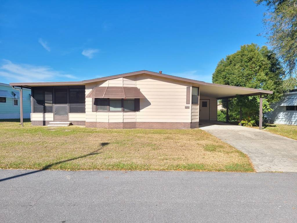 1525 HEATHER HILL, LAKELAND, Florida 33810, 2 Bedrooms Bedrooms, ,2 BathroomsBathrooms,Residential,For Sale,1525 HEATHER HILL,1,10963730