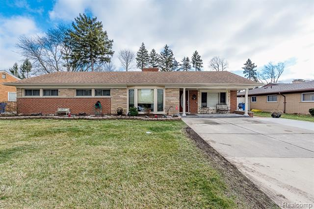25477 ROUGE RIVER Drive, Dearborn Heights, Michigan 48127, 3 Bedrooms Bedrooms, ,2 BathroomsBathrooms,Single Family,For Sale,25477 ROUGE RIVER Drive,1,2210001629