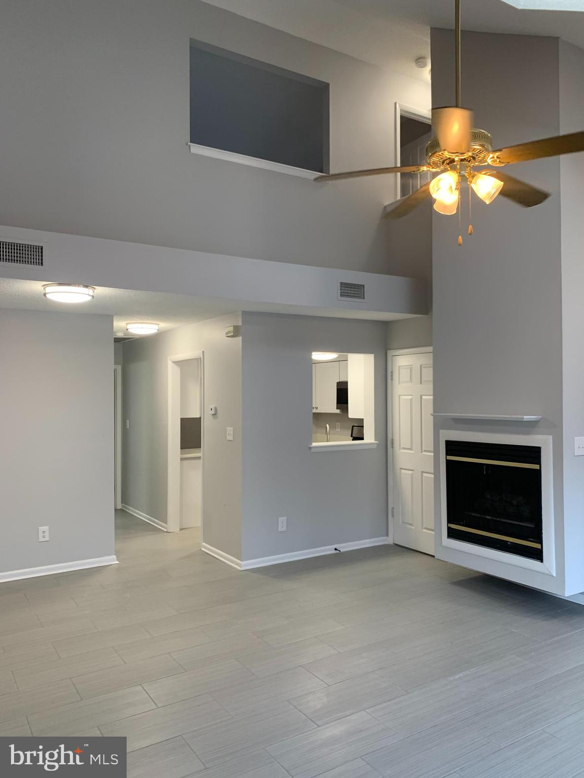 15 EVERGREEN PLACE, Hampton, Virginia 23666, 2 Bedrooms Bedrooms, ,2 BathroomsBathrooms,Townhouse,For Sale,15 EVERGREEN PLACE,VAHM100044