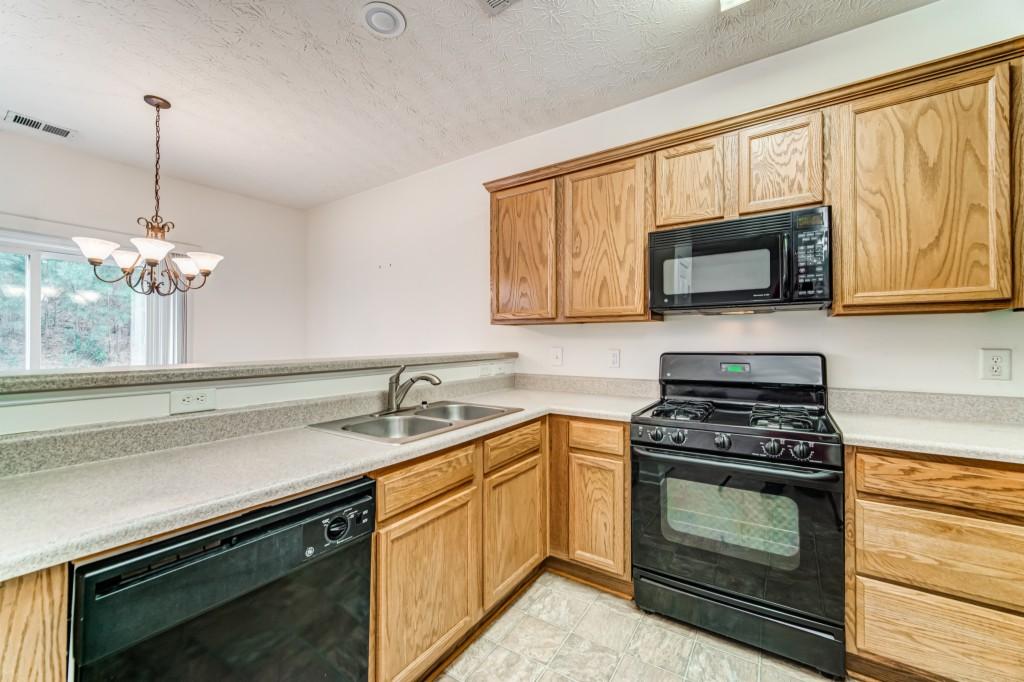 2271 Baker Station Dr, Acworth, Georgia 30101, ,Single Family,For Sale,2271 Baker Station Dr,6826131