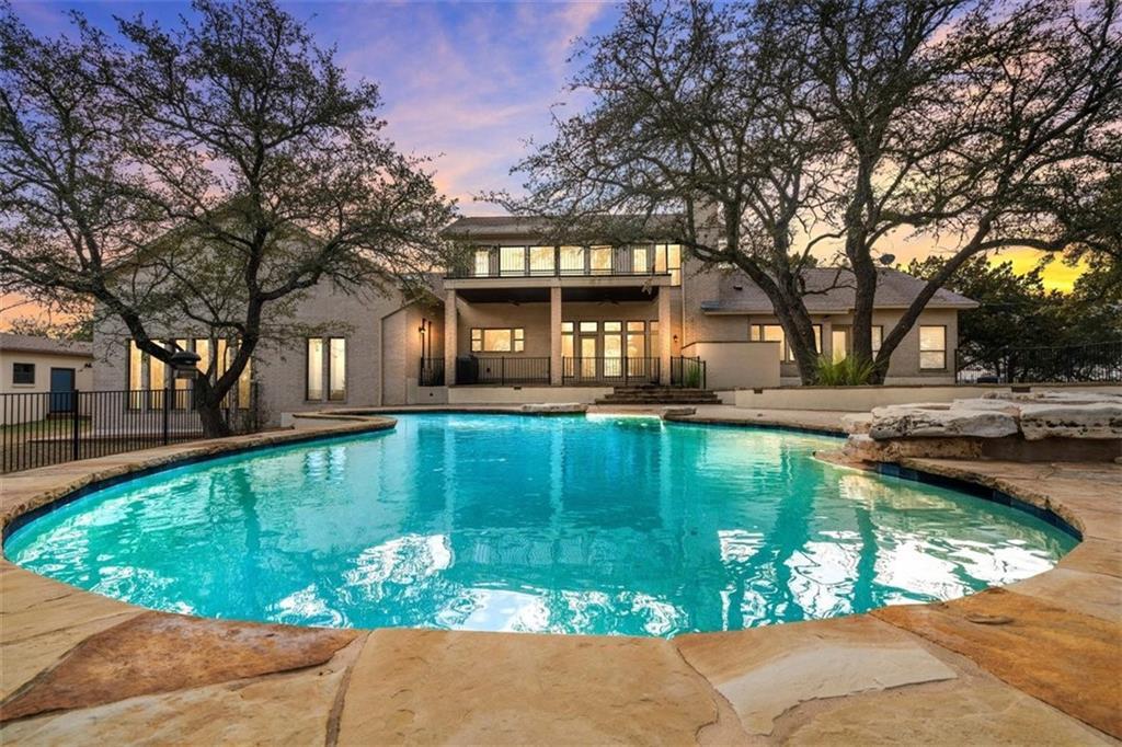 4401 Hennig DR, Austin, Texas 78738, 4 Bedrooms Bedrooms, ,6 BathroomsBathrooms,Townhouse,For Sale,4401 Hennig DR,7097206