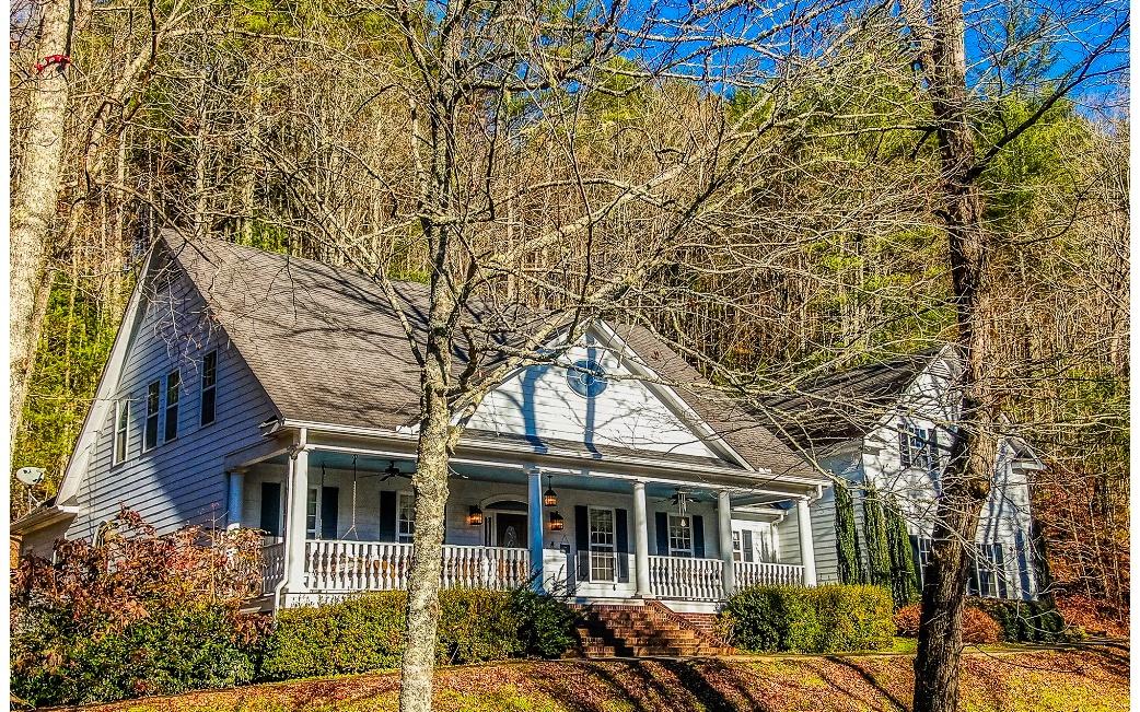 5454 GATES CHAPEL ROAD, Ellijay, Georgia 30540, 5 Bedrooms Bedrooms, ,5 BathroomsBathrooms,Single Family,For Sale,5454 GATES CHAPEL ROAD,2,302782