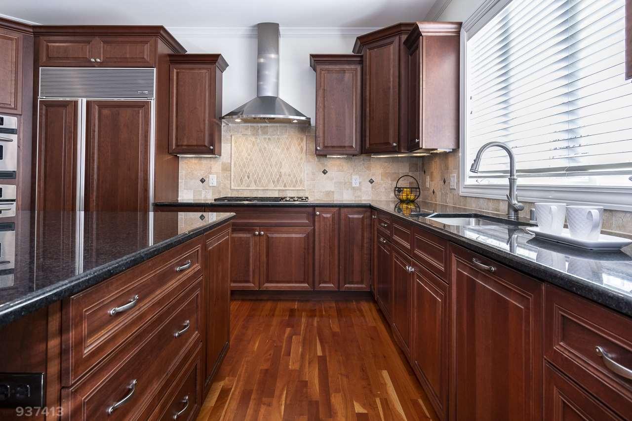 9715 Fallen Leaf Dr, Middleton, Wisconsin 53562, 5 Bedrooms Bedrooms, ,5 BathroomsBathrooms,Single Family,For Sale,9715 Fallen Leaf Dr,2,1901024