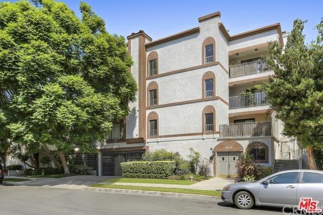 1616 Granville Avenue, Los Angeles, California 90025, 2 Bedrooms Bedrooms, ,2 BathroomsBathrooms,Condominium,For Sale,1616 Granville Avenue,OC21015195