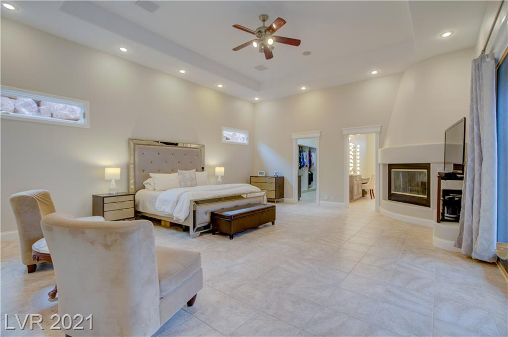 899 Moonstone Drive, Boulder City, Nevada 89005, 3 Bedrooms Bedrooms, ,4 BathroomsBathrooms,Single Family,For Sale,899 Moonstone Drive,1,2263178