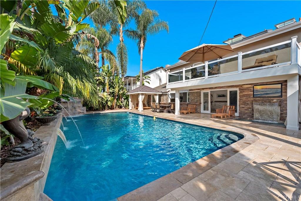 1847 Tahiti Drive, Costa Mesa, California 92626, 4 Bedrooms Bedrooms, ,3 BathroomsBathrooms,Single Family,For Sale,1847 Tahiti Drive,2,PW21010806