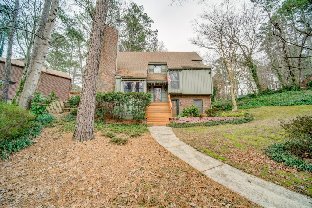 4198 Edinburgh, Roswell, Georgia 30075, ,Single Family,For Sale,4198 Edinburgh,6828997