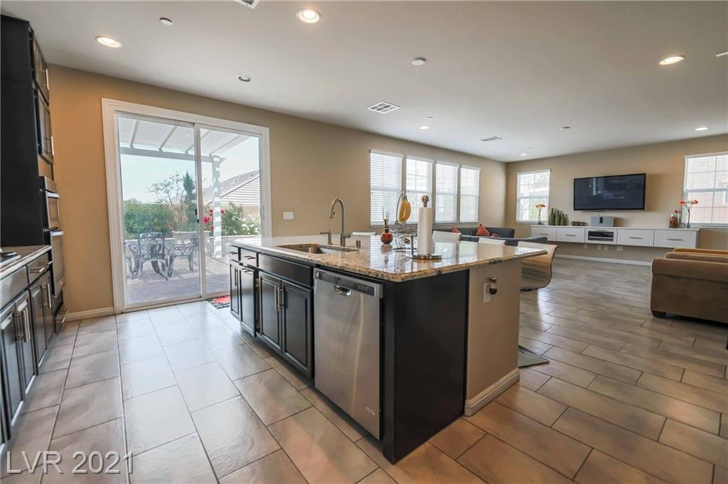 3126 Istria Avenue, Henderson, Nevada 89044, 4 Bedrooms Bedrooms, ,4 BathroomsBathrooms,Single Family,For Sale,3126 Istria Avenue,2,2265436
