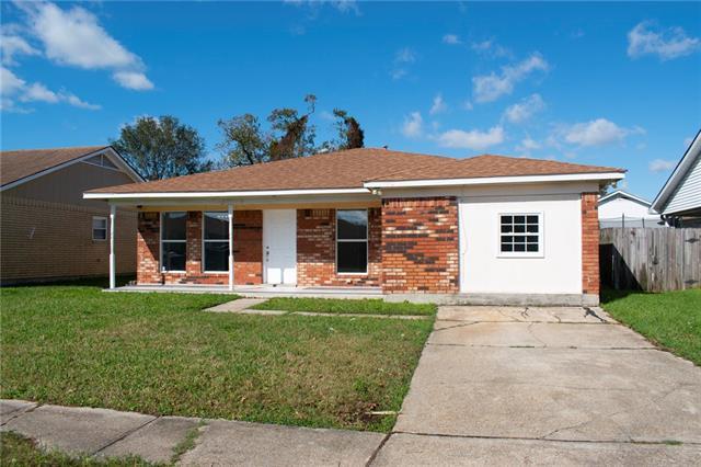 2709 FAIRFIELD Drive, Gretna, Louisiana 70056, 3 Bedrooms Bedrooms, ,2 BathroomsBathrooms,Single Family,For Sale,2709 FAIRFIELD Drive,1,2277946