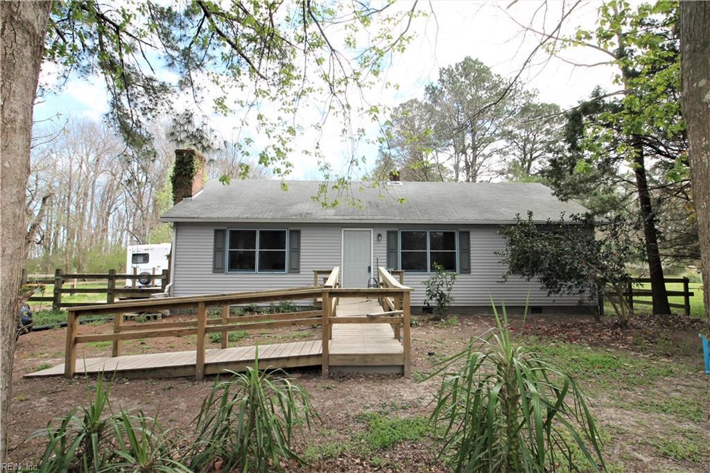 4537 Backwoods Road, Chesapeake, Virginia 23322, 2 Bedrooms Bedrooms, ,1 BathroomBathrooms,Single Family,For Sale,4537 Backwoods Road,1,10359847