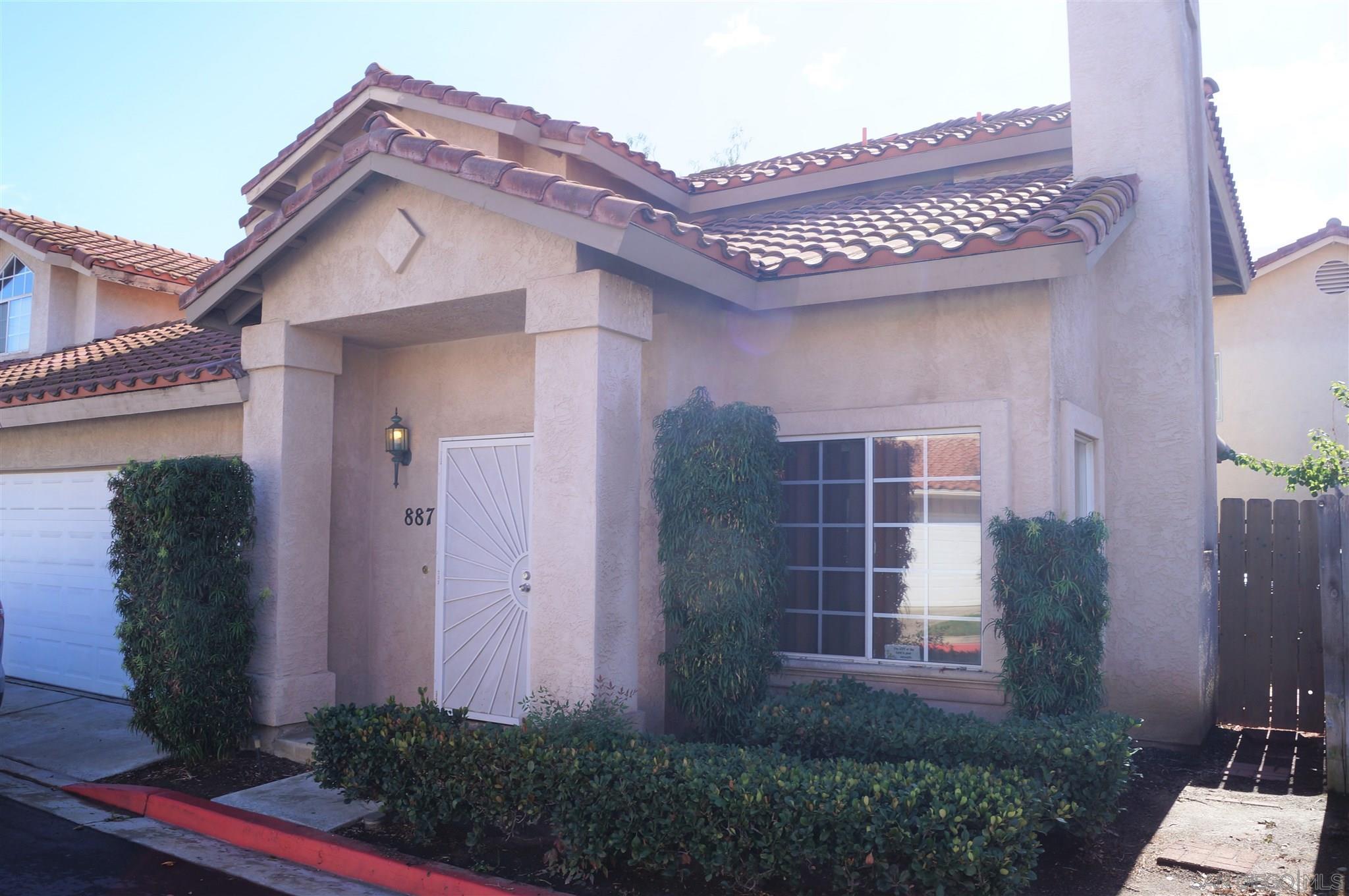 887 Friendly Cir, El Cajon, California 92021, 3 Bedrooms Bedrooms, ,3 BathroomsBathrooms,Townhouse,For Sale,887 Friendly Cir,2,200051463