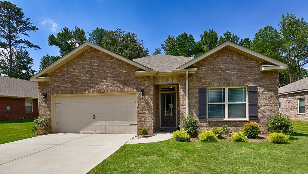 167 Heritage Brook Drive NW, MADISON, Alabama 35757, 3 Bedrooms Bedrooms, ,2 BathroomsBathrooms,Single Family,For Sale,167 Heritage Brook Drive NW,1,70031+4EAF