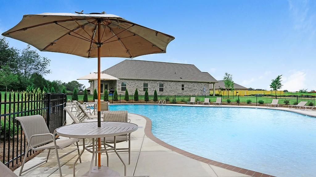 314 Addison Court, HUNTSVILLE, Alabama 35761, 4 Bedrooms Bedrooms, ,3 BathroomsBathrooms,Single Family,For Sale,314 Addison Court,1,70048+2291