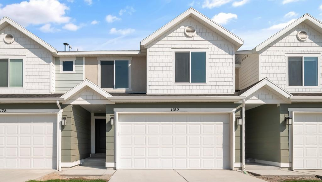 3900 South 8400 West, Magna, Utah 84044, 4 Bedrooms Bedrooms, ,3 BathroomsBathrooms,Townhouse,For Sale,3900 South 8400 West,2,26187+9635