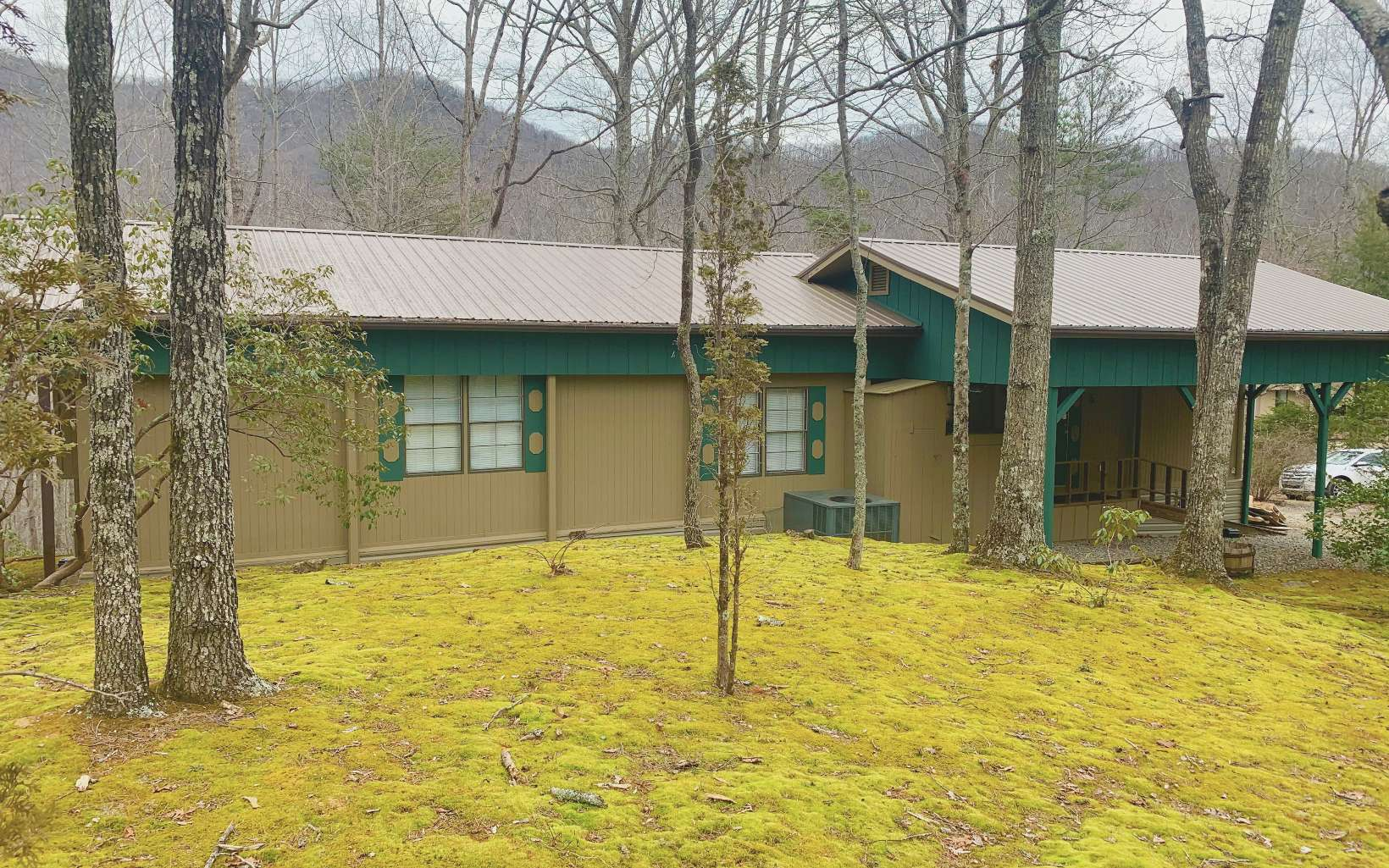 546 TOMMY ALEXANDER DR, Blairsville, Georgia 30512, 2 Bedrooms Bedrooms, ,2 BathroomsBathrooms,Single Family,For Sale,546 TOMMY ALEXANDER DR,304101