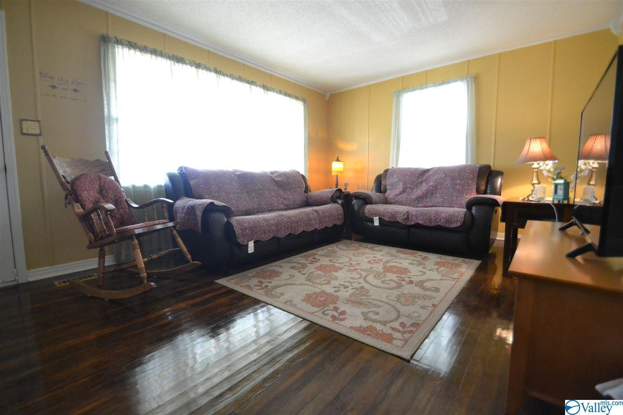 3232 Horton Road, Albertville, Alabama 35950, 3 Bedrooms Bedrooms, ,2 BathroomsBathrooms,Single Family,For Sale,3232 Horton Road,1773479