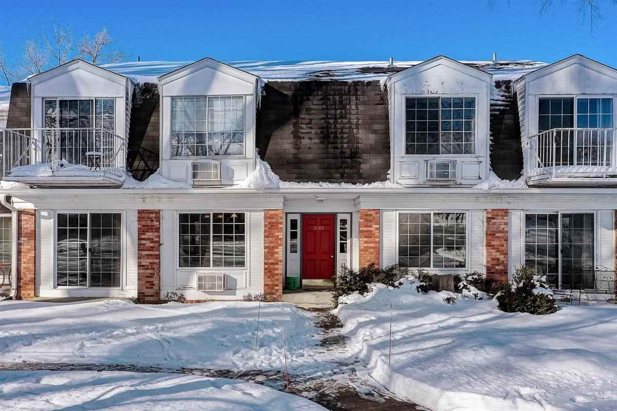 2162 Allen Blvd, Middleton, Wisconsin 53562, 2 Bedrooms Bedrooms, ,1 BathroomBathrooms,Condominium,For Sale,2162 Allen Blvd,1902105