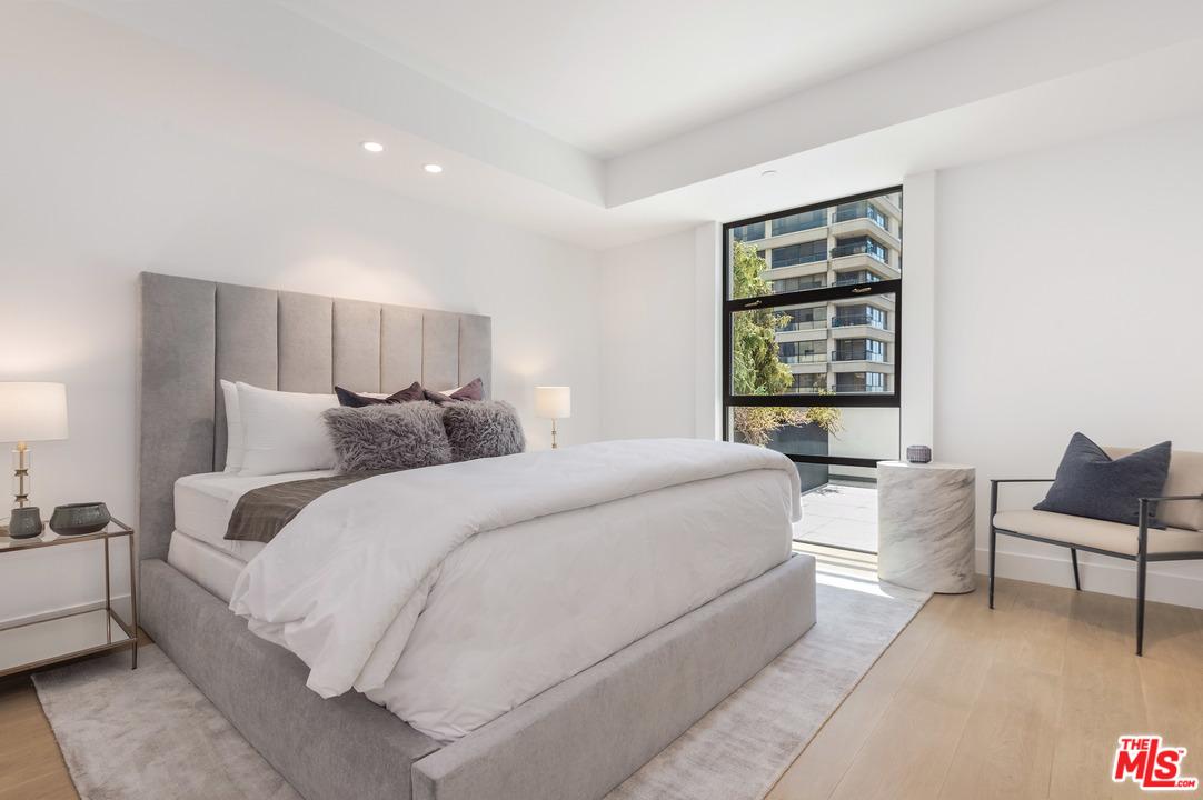 10777 Wilshire, Los Angeles, California 90024, 1 Bedroom Bedrooms, ,2 BathroomsBathrooms,Condominium,For Sale,10777 Wilshire,7,19-463606