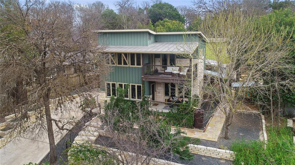3009 S 4th ST, Austin, Texas 78704, 4 Bedrooms Bedrooms, ,5 BathroomsBathrooms,Single Family,For Sale,3009 S 4th ST,7082380