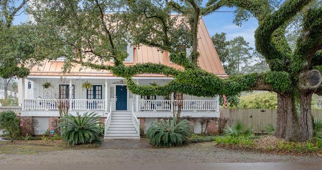 480 CARROLL Street, Mandeville, Louisiana 70448, 4 Bedrooms Bedrooms, ,4 BathroomsBathrooms,Single Family,For Sale,480 CARROLL Street,3,2284801