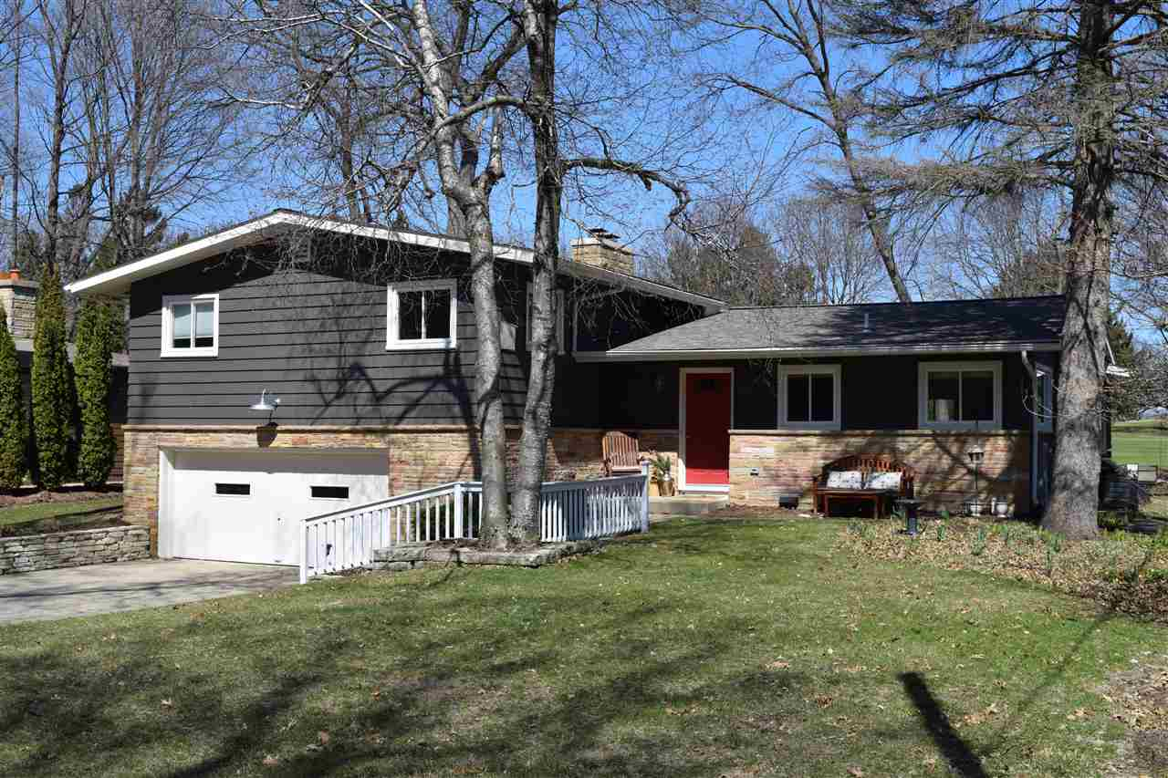 506 Leroy Rd, MADISON, Wisconsin 53704, 4 Bedrooms Bedrooms, ,3 BathroomsBathrooms,Single Family,For Sale,506 Leroy Rd,1902205