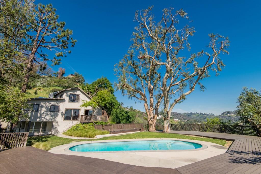 8312 Utica Dr, Los Angeles, California 90046, 3 Bedrooms Bedrooms, ,3 BathroomsBathrooms,Single Family,For Sale,8312 Utica Dr,2,21-690336