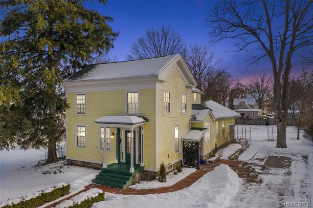 127 BENJAMIN Street, Romeo, Michigan 48065, 4 Bedrooms Bedrooms, ,2 BathroomsBathrooms,Single Family,For Sale,127 BENJAMIN Street,2,2210009935