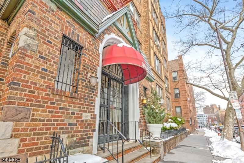 340 Fairmount Ave, Jersey City, New Jersey 07306-4812, 1 Bedroom Bedrooms, ,1 BathroomBathrooms,Condominium,For Sale,340 Fairmount Ave,3693584