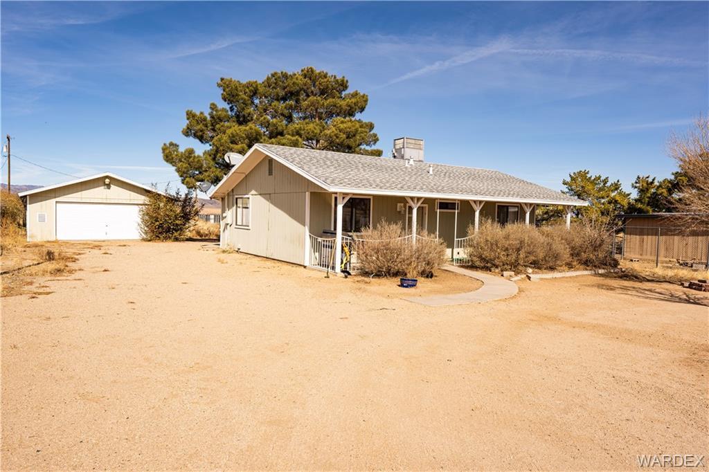 5877 N. Highway 66, Kingman, Arizona 86401, 3 Bedrooms Bedrooms, ,2 BathroomsBathrooms,Single Family,For Sale,5877 N. Highway 66,977901