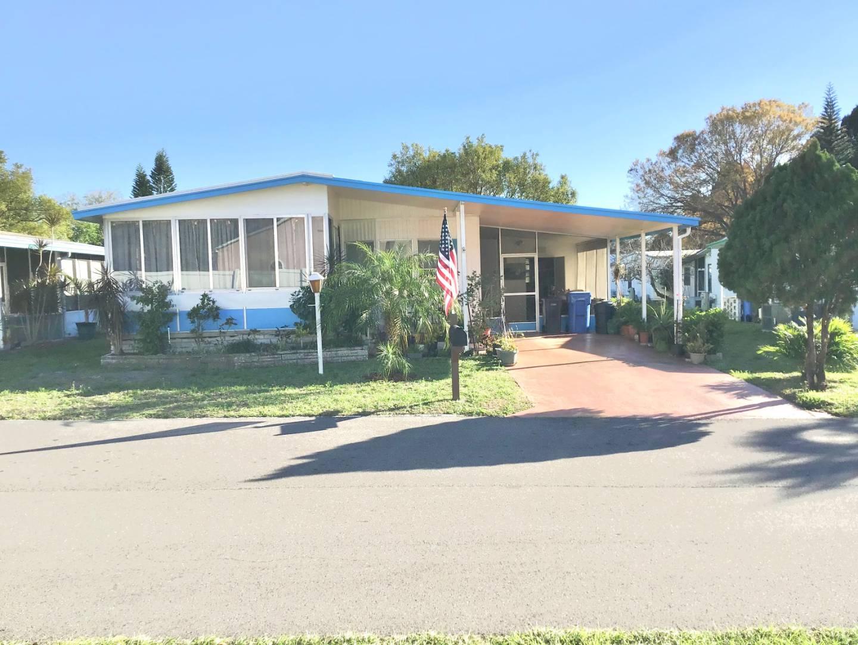 2103 Greenside Drive, VALRICO, Florida 33594, 2 Bedrooms Bedrooms, ,2 BathroomsBathrooms,Residential,For Sale,2103 Greenside Drive,1,10972049