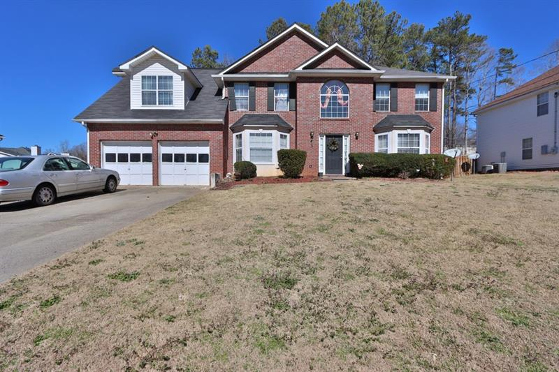 675 Conisburgh Court, Stone Mountain, Georgia 30087, 5 Bedrooms Bedrooms, ,3 BathroomsBathrooms,Single Family,For Sale,675 Conisburgh Court,2,6843316