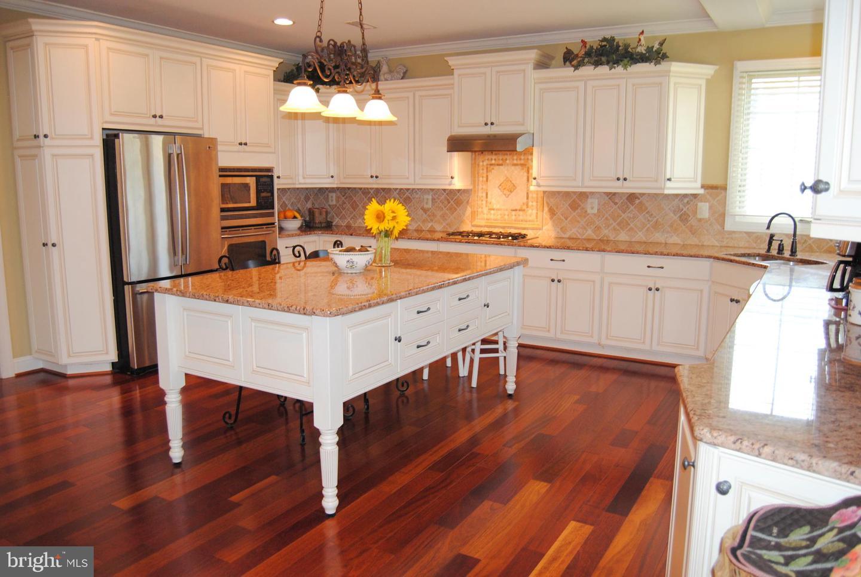 402 ELIZABETH WAY, HATFIELD, Pennsylvania 19440, 4 Bedrooms Bedrooms, ,4 BathroomsBathrooms,Single Family,For Sale,402 ELIZABETH WAY,PABU505758