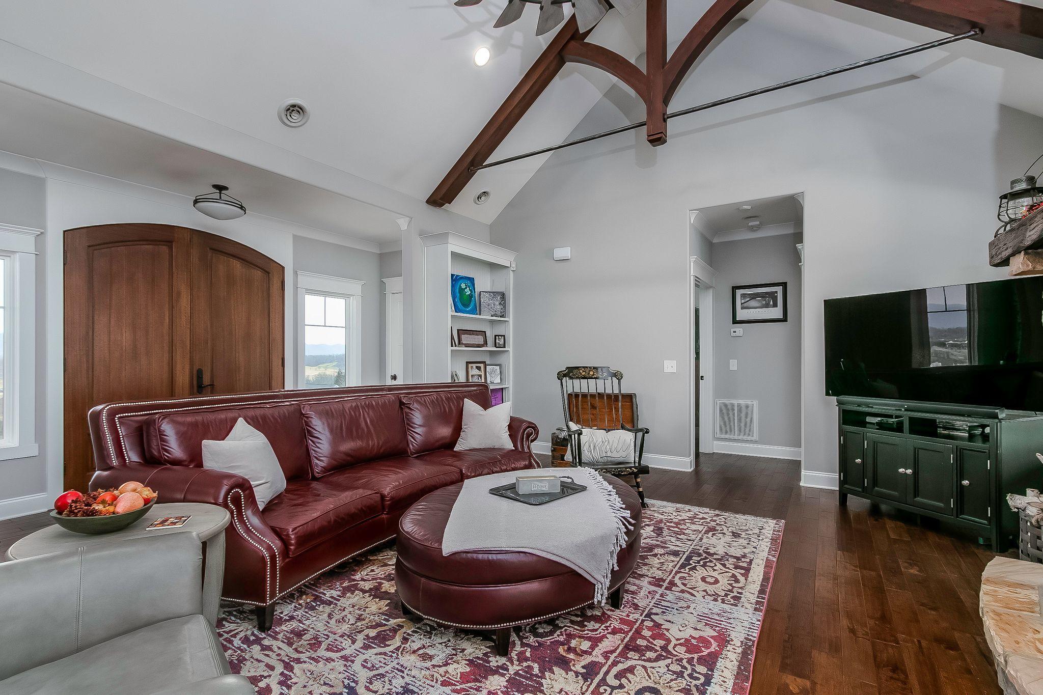 126 Simmons Ridge, Johnson City, Tennessee 37604, 4 Bedrooms Bedrooms, ,3 BathroomsBathrooms,Single Family,For Sale,126 Simmons Ridge,1,9918867