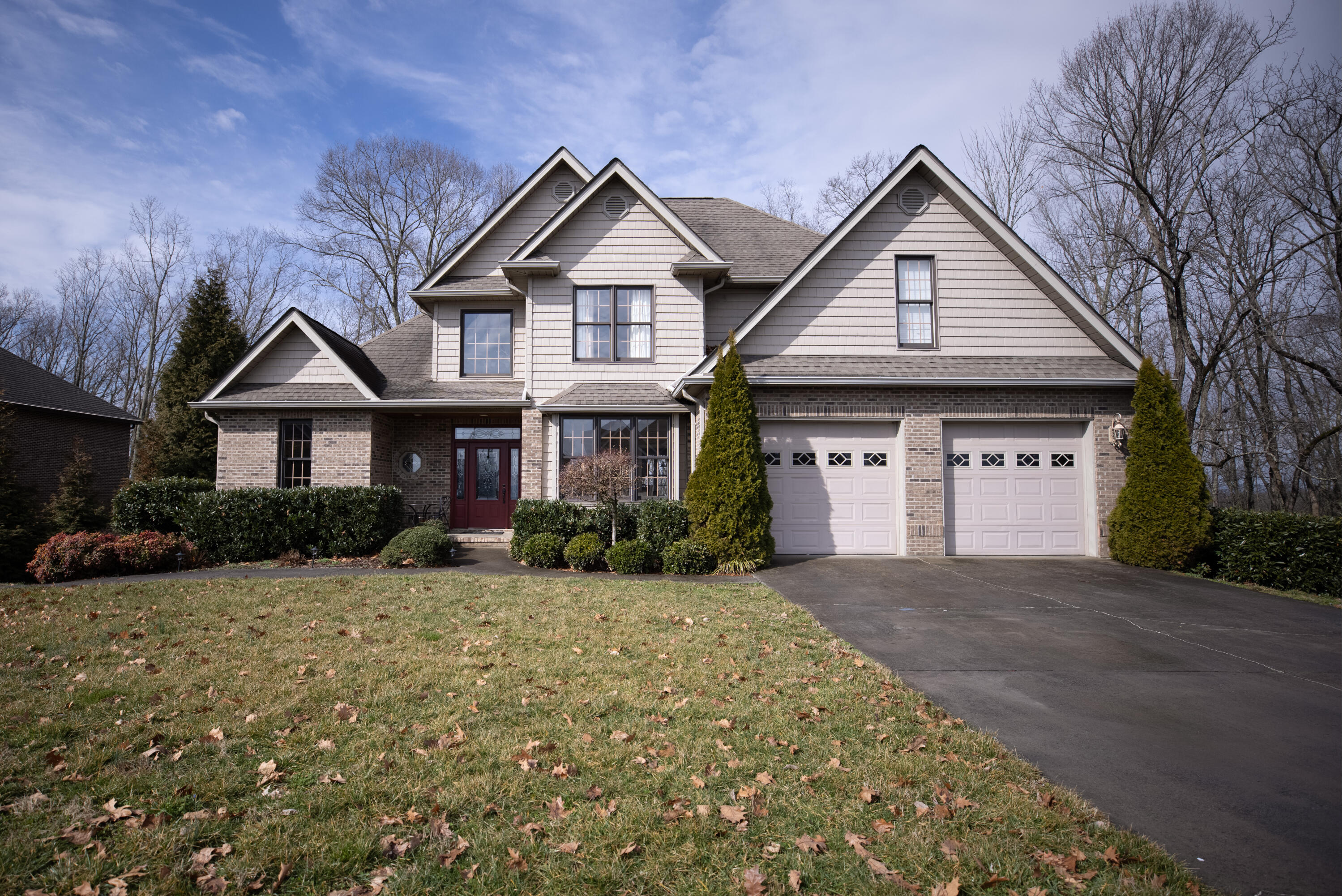 1142 Cliffview Circle, Gray, Tennessee 37615, 5 Bedrooms Bedrooms, ,4 BathroomsBathrooms,Single Family,For Sale,1142 Cliffview Circle,2,9918909