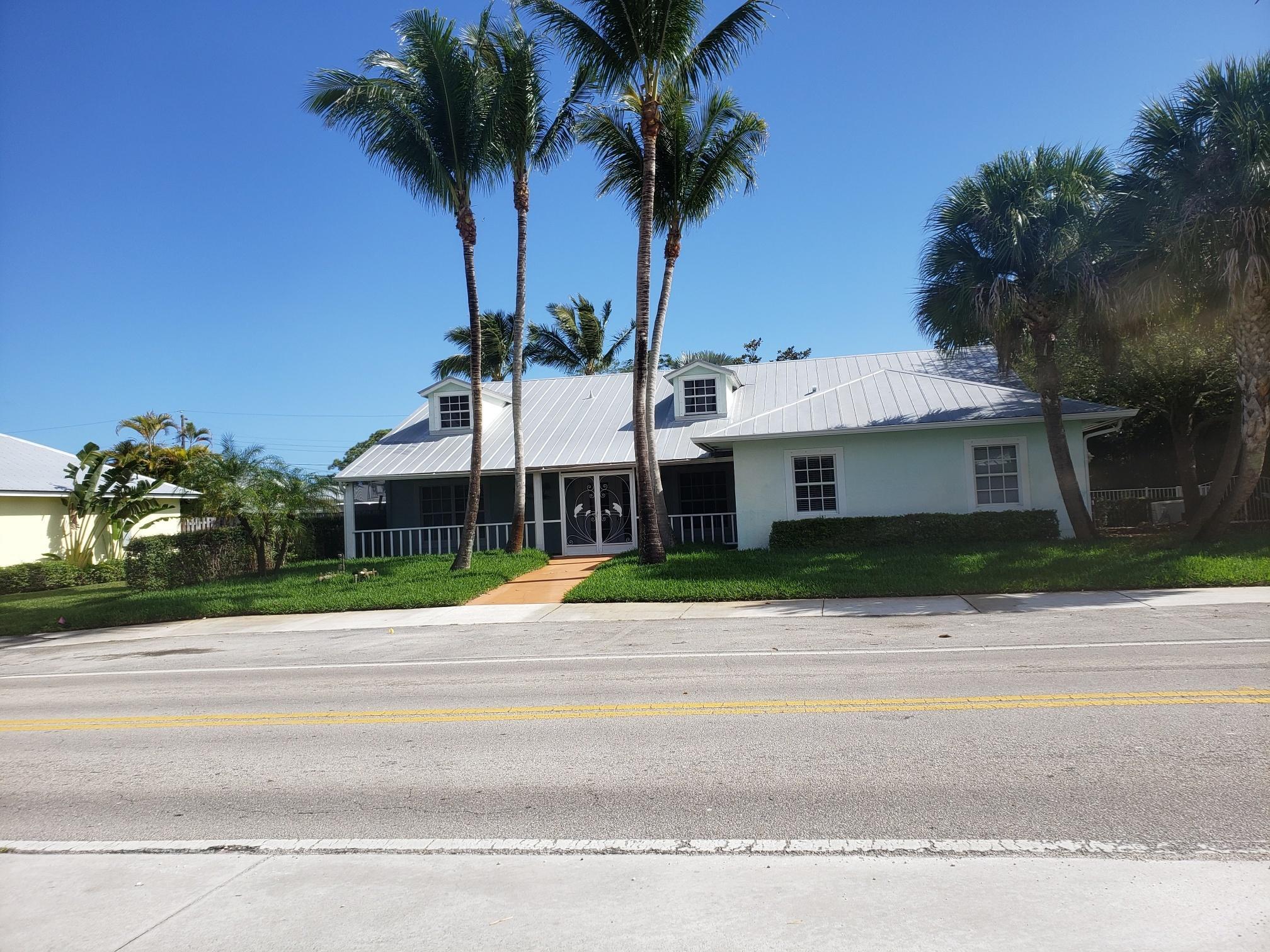 4931 SE Anchor Avenue, Stuart, Florida 34997, 6 Bedrooms Bedrooms, ,6 BathroomsBathrooms,Single Family,For Sale,4931 SE Anchor Avenue,1,RX-10695514