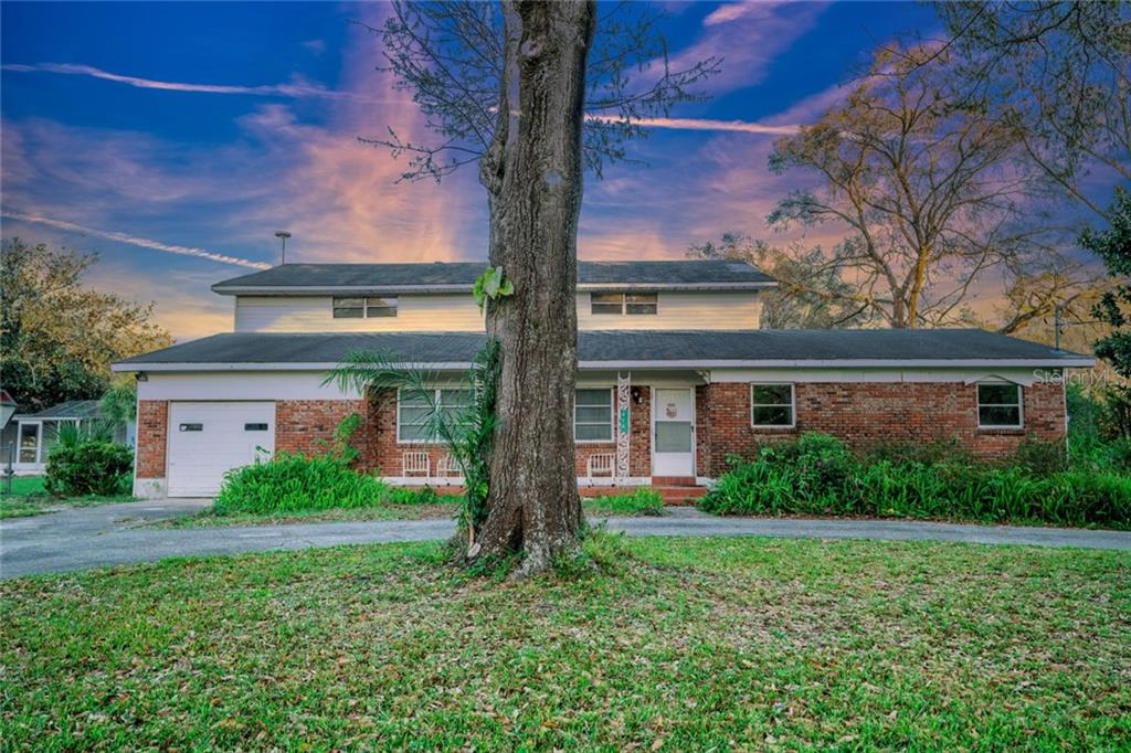 914 WHITAKER ROAD, LUTZ, Florida 33549, 5 Bedrooms Bedrooms, ,3 BathroomsBathrooms,Single Family,For Sale,914 WHITAKER ROAD,2,T3291979