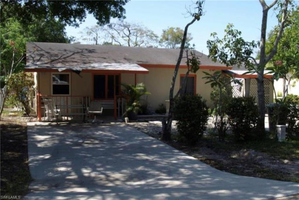 4036 Madison AVE, FORT MYERS, Florida 33916, 2 Bedrooms Bedrooms, ,1 BathroomBathrooms,Single Family,For Sale,4036 Madison AVE,221013843