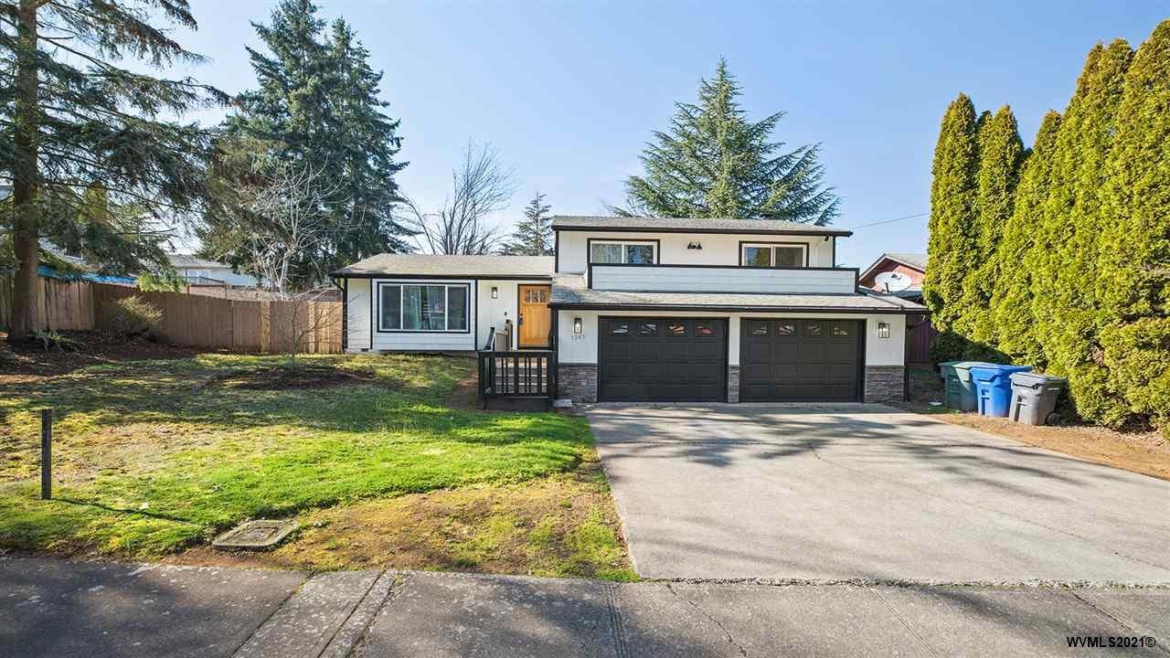1245 Parkway NW Dr, SALEM, Oregon 97304, 3 Bedrooms Bedrooms, ,2 BathroomsBathrooms,Single Family,For Sale,1245 Parkway NW Dr,3,774139