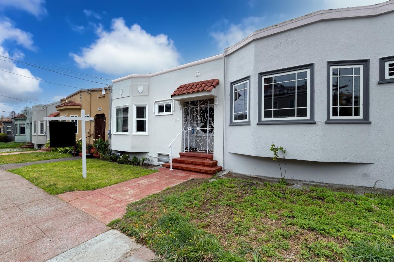 291 Hearst AVE, San Francisco, California 94131, 2 Bedrooms Bedrooms, ,2 BathroomsBathrooms,Single Family,For Sale,291 Hearst AVE,ML81831062