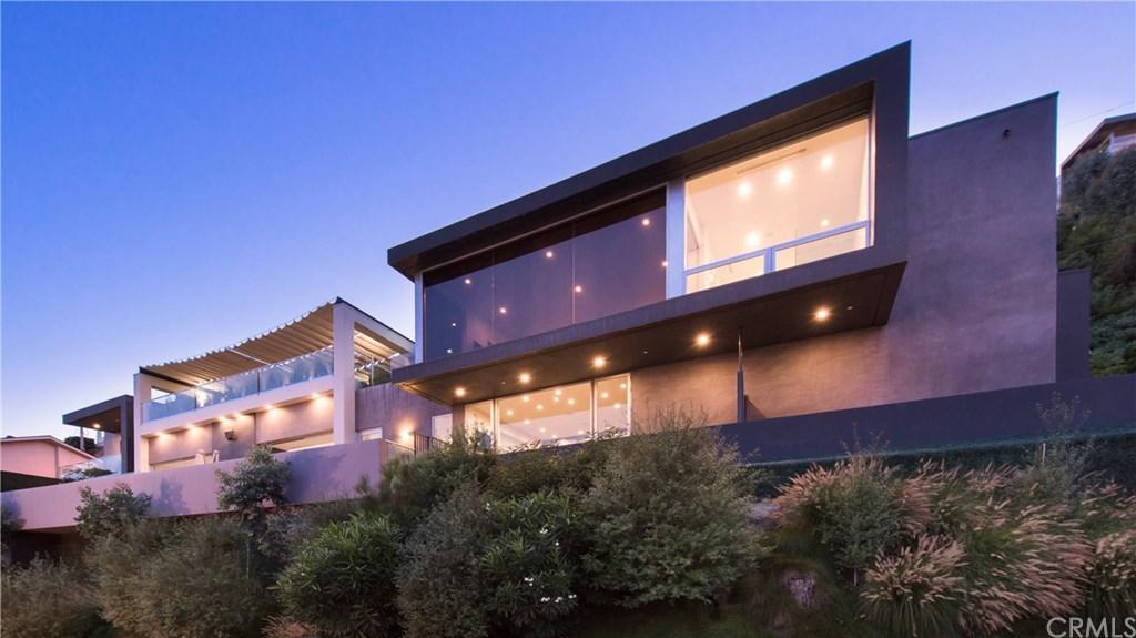 1489 Stebbins, Los Angeles, California 90069, 3 Bedrooms Bedrooms, ,4 BathroomsBathrooms,Single Family,For Sale,1489 Stebbins,2,OC21044888