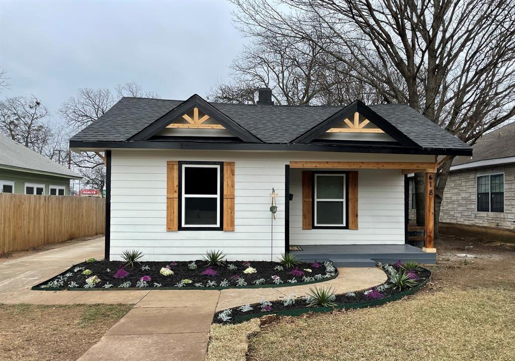 418 Lillian Street, Dallas, Texas 75211, 4 Bedrooms Bedrooms, ,2 BathroomsBathrooms,Single Family,For Sale,418 Lillian Street,14518638