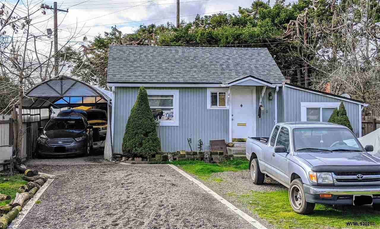 1807 Broadway St NE, SALEM, Oregon 97301, 2 Bedrooms Bedrooms, ,1 BathroomBathrooms,Single Family,For Sale,1807 Broadway St NE,1,774245